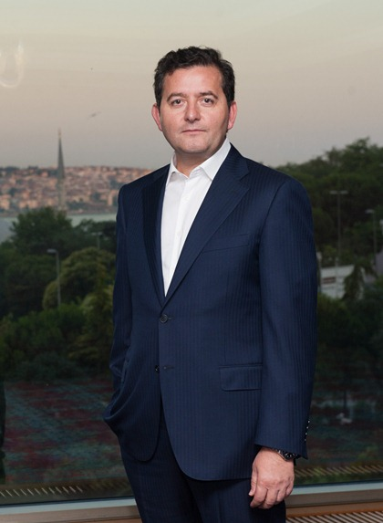 Ayhan Sincek1